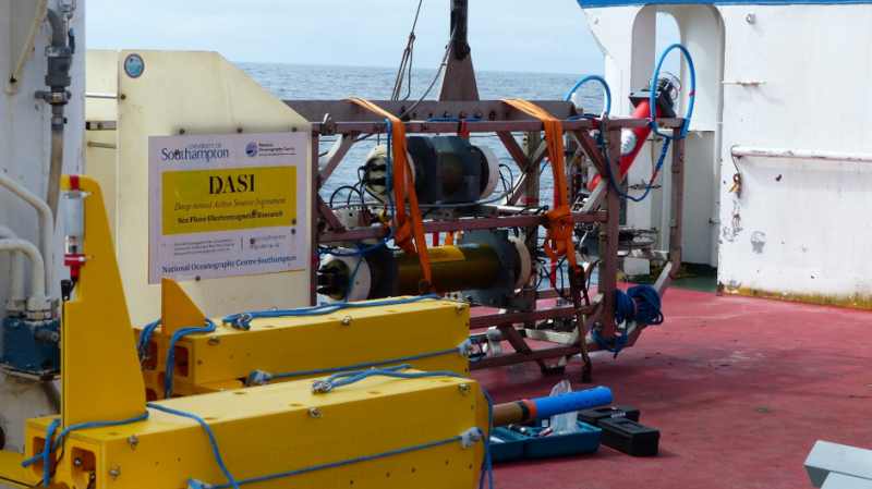 Fig. 2 The towed electromagnetic receiver Vulcan (Scripps Institute of Oceanography) which measures the three components of the transmitted electric field (photo courtesy B. Murton).